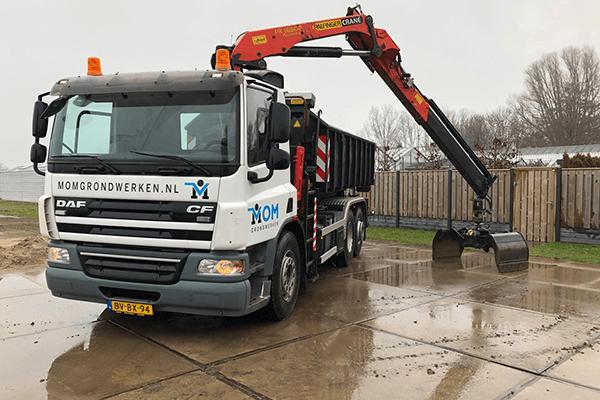 Vrachtwagen Daf CF Knijperauto, met container afzet Haakarmsysteem